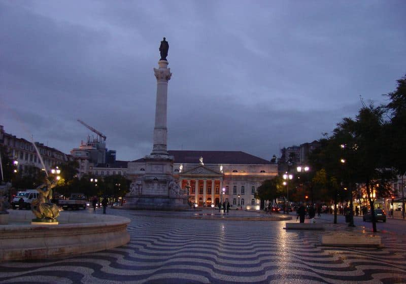 This view of Praca de Dom Pedro 1V shows the effect of the undulating paving pattern.